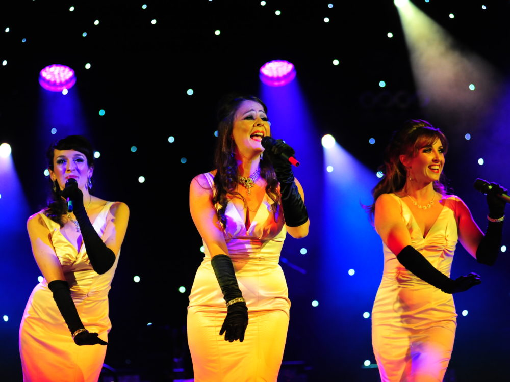 The Patriot Girls Bright Yellow Dresses Live On Stage