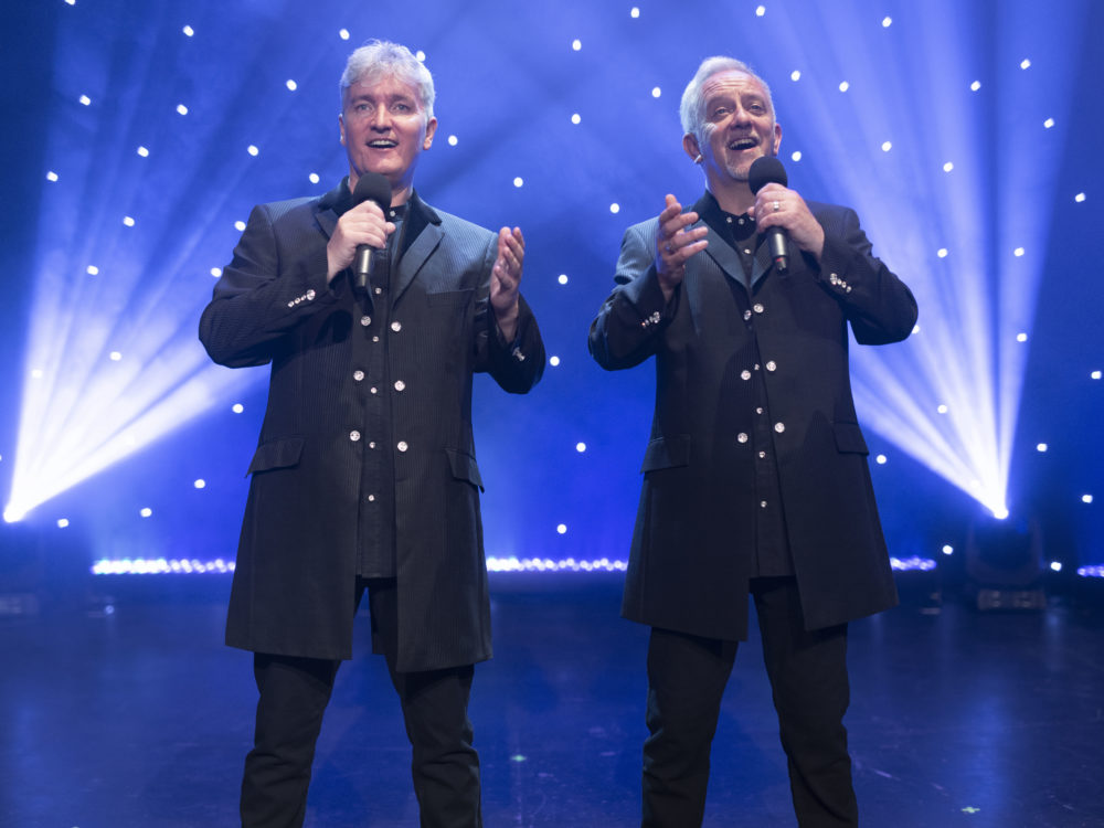 Viva Classical Classical Crossover Duo Live On Stage